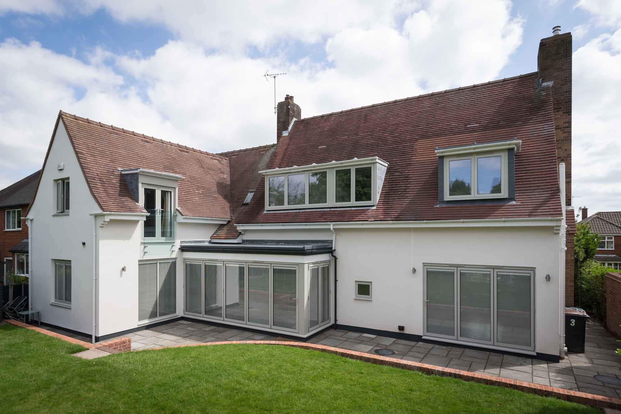 bi-fold doors modern house extension