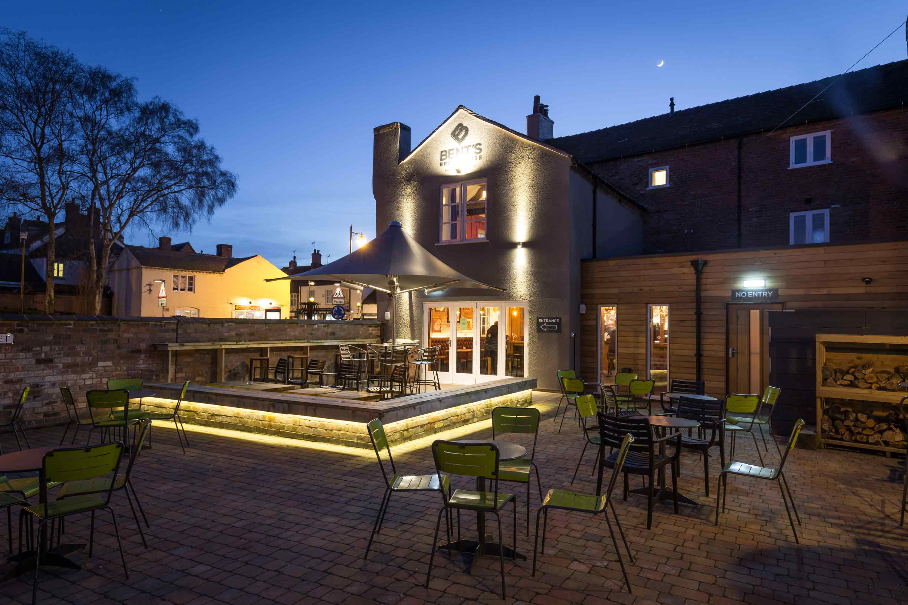 conservation architecture in eccleshall staffordshire brewery guest house hotel outside seating area lighting